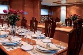 100′ Azimut Motor Yacht