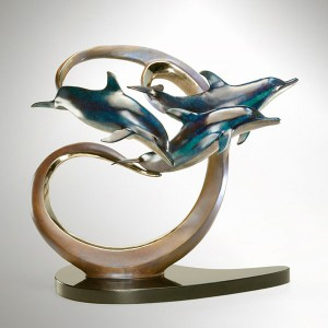 Borealis Bronze Sculpture by Dale Evers at IK Yacht Design