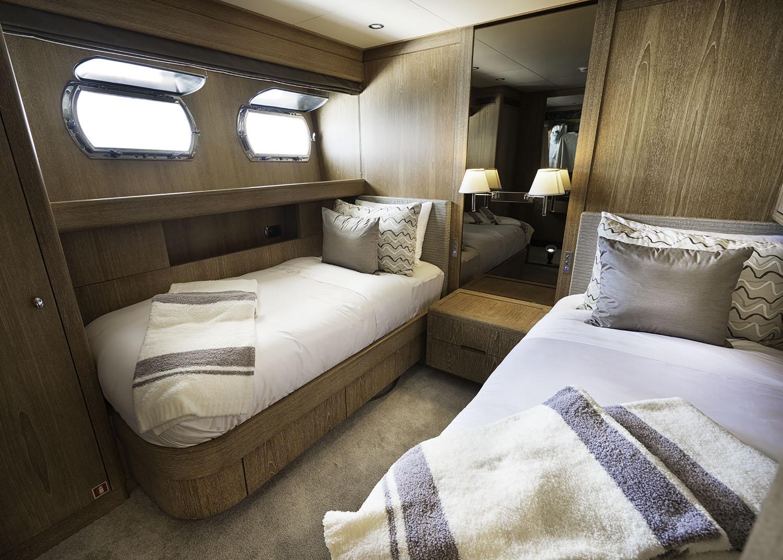 GLADIUS - Twin cabin